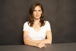 Amanda Knox official picture