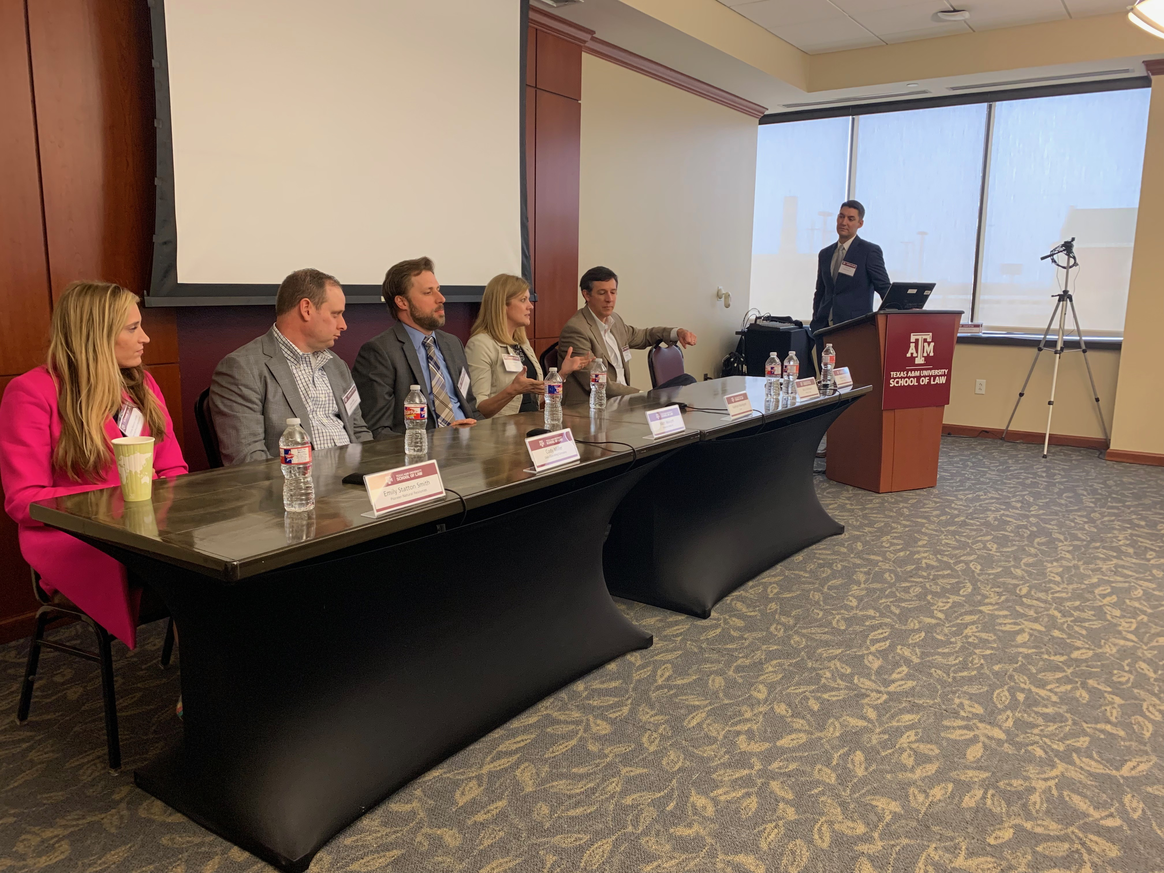 _ Moderator and Fellow Panelists hear advice from panelist Kathryn Malmgren during the Careers in Energy Law Panel